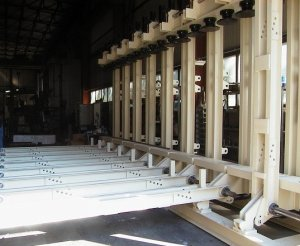 Press for lamellar beams TL16