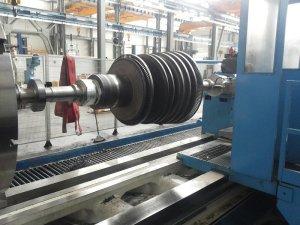 tornitura 16 rotore turbina